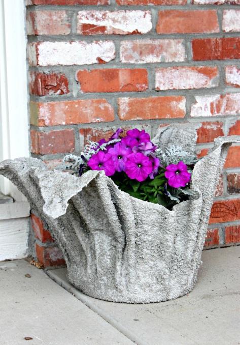 Кашпо для цветов своими руками в саду
